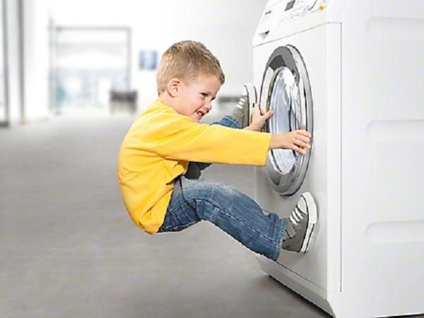Thợ Sửa máy Giặt Electrolux Tại Cầu Giấy
